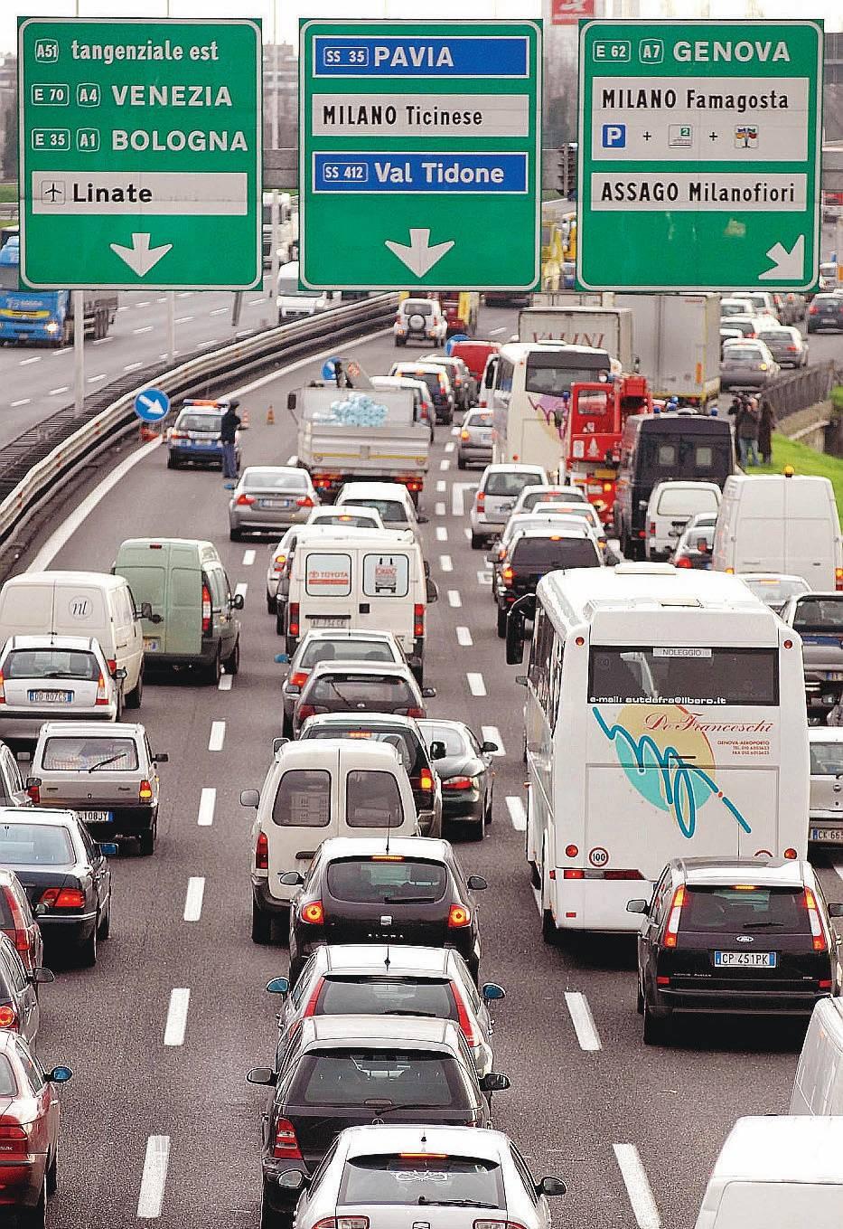 """Berlusconi """"imbottigliato"""" accelera  la Tem: subito una nuova tangenziale"""