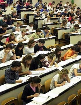 Università, quiz errato a test di medicina: è caos