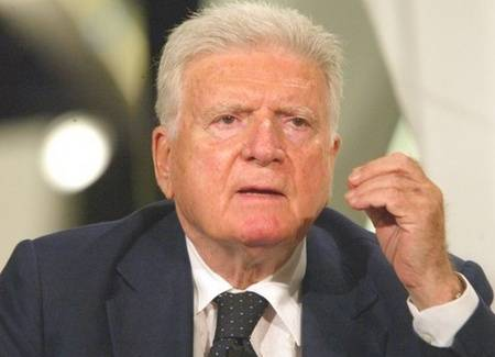 """Zavoli sul caso Ballarò  """"Grave, subito Vigilanza""""  E Santoro fa il martire"""
