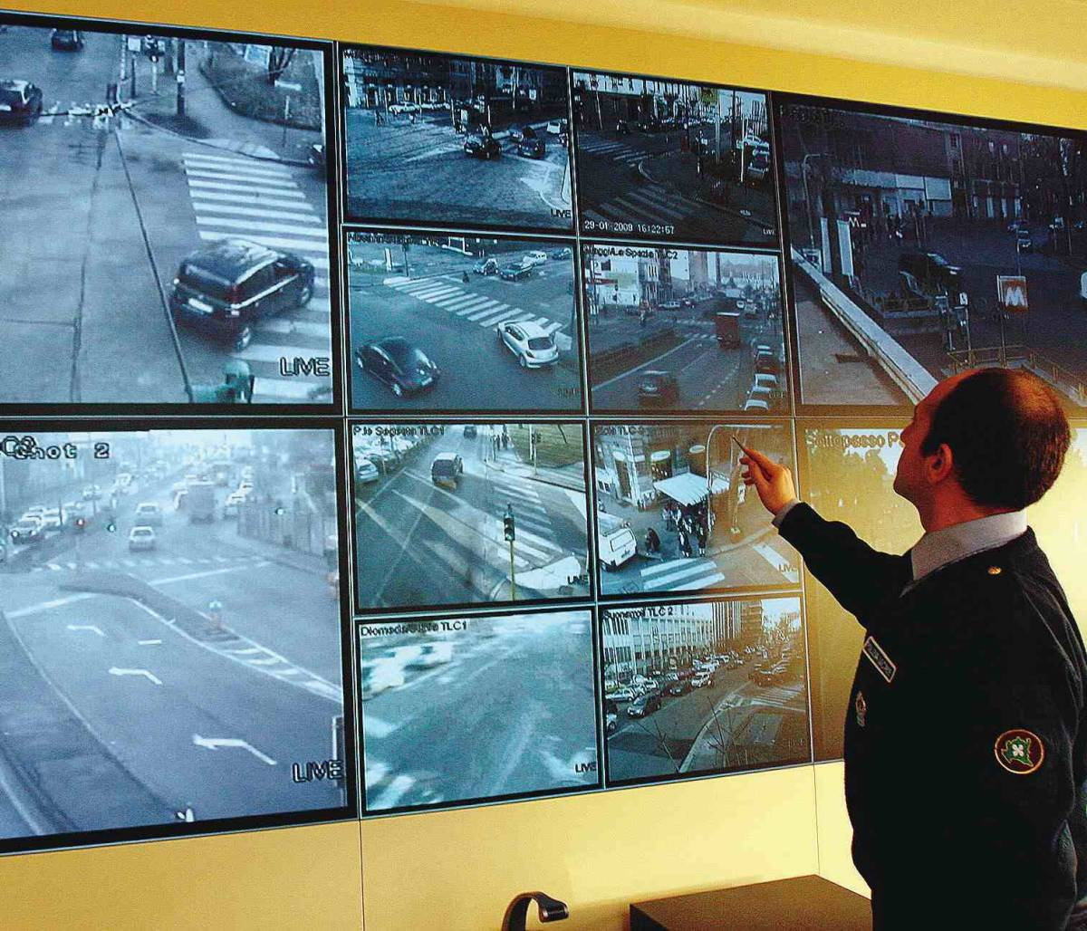 Sicurezza in città, i quartieri  chiedono aiuto alla Moratti