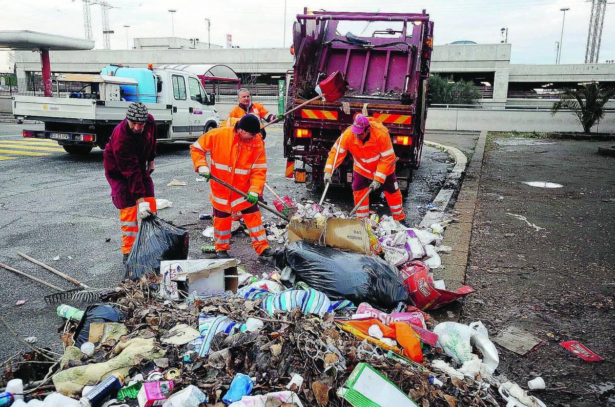 Truffe, sprechi e falsi rimborsi lo scandalo dei rifiuti d'oro