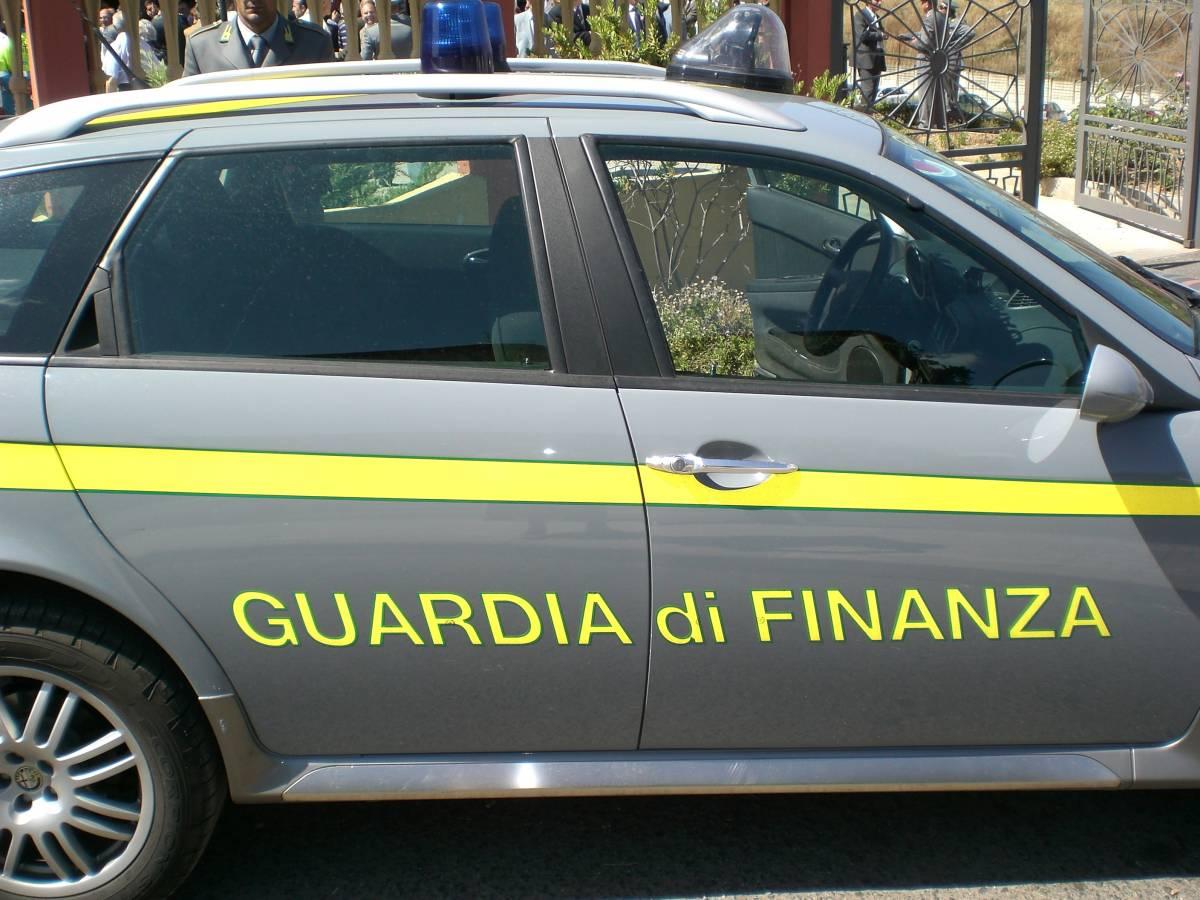 Gdf, indagini a tappeto:  800 indagati per evasione  c'è anche Rocco Siffredi