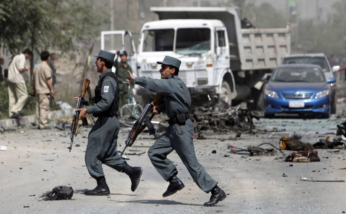 Ma com'è difficile morire per il signor Karzai