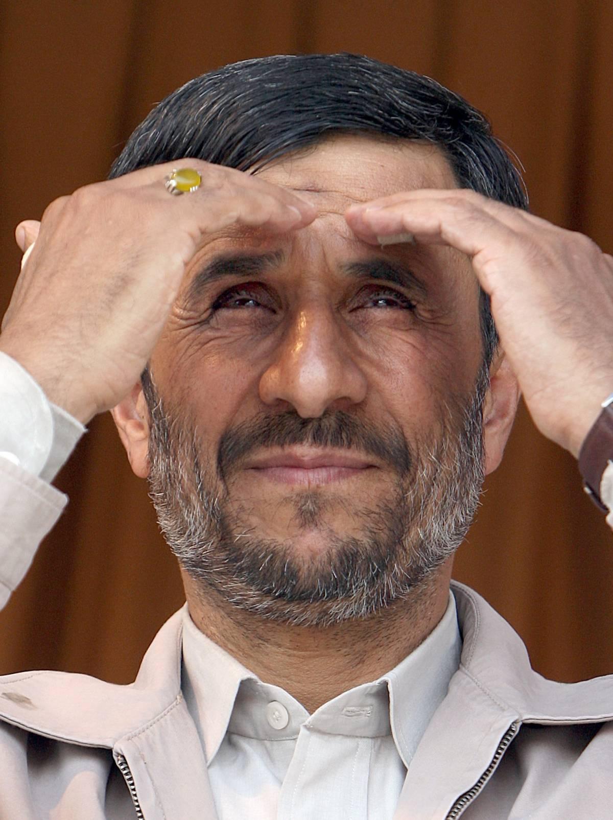 """Ahmadinejad: """"Olocausto è pretesto per occupare la Palestina"""""""