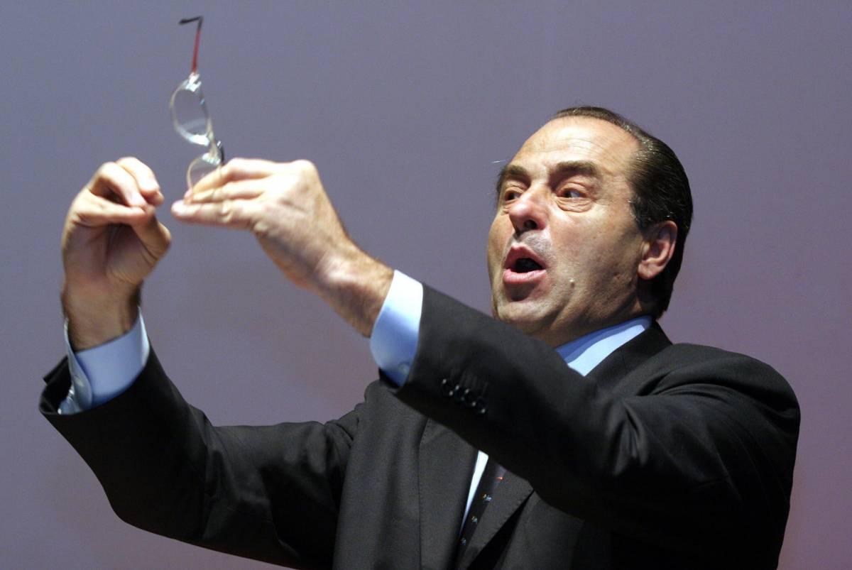 Di Pietro riabilita il Duce e Saddam