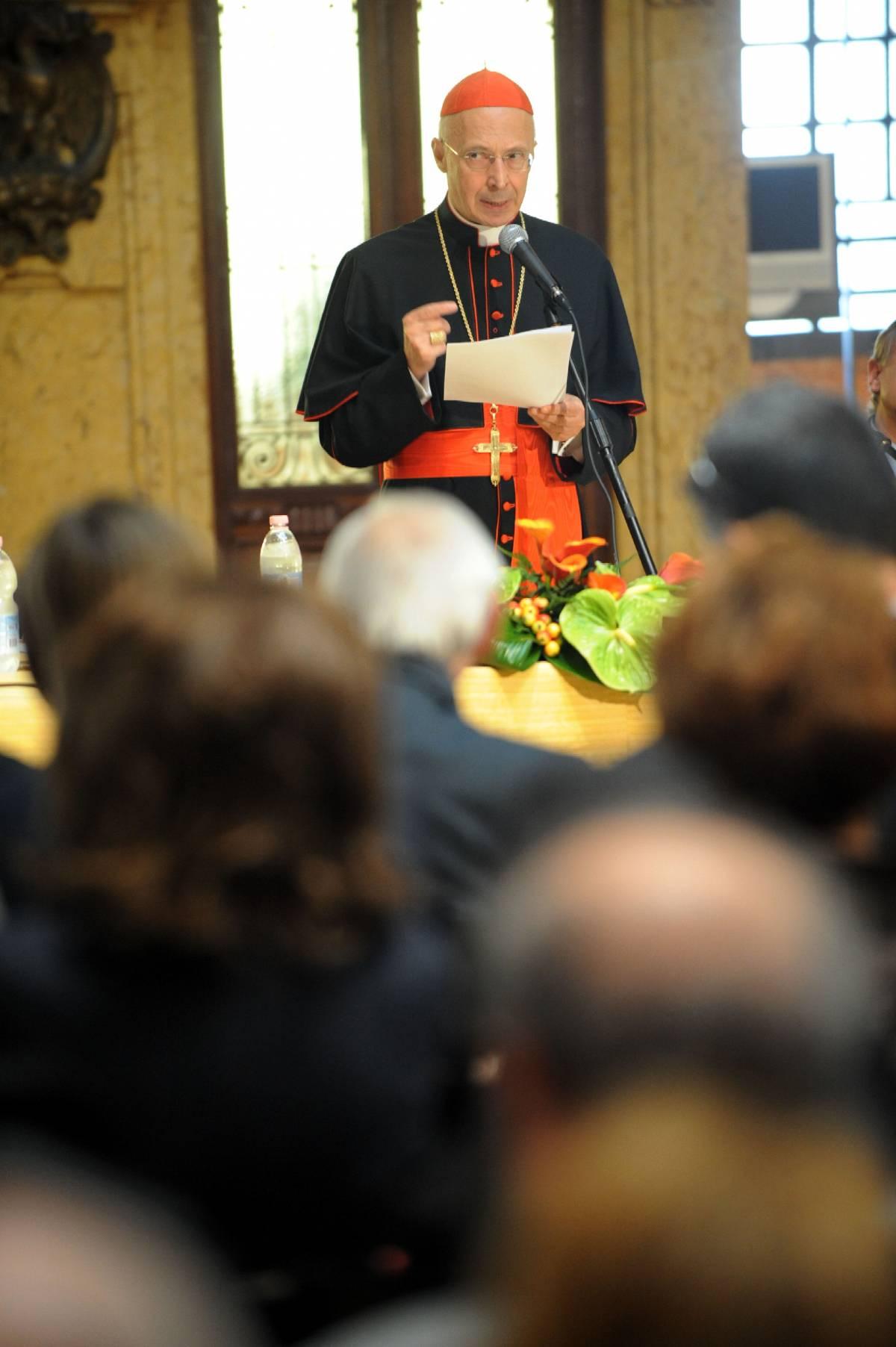 """La Cei: """"Degrado politico  deriva da carenze etiche"""""""