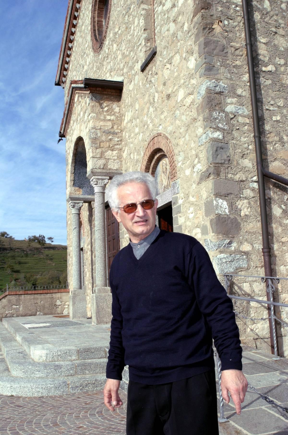 """La Curia di Milano censura il """"prete-sciacallo"""""""