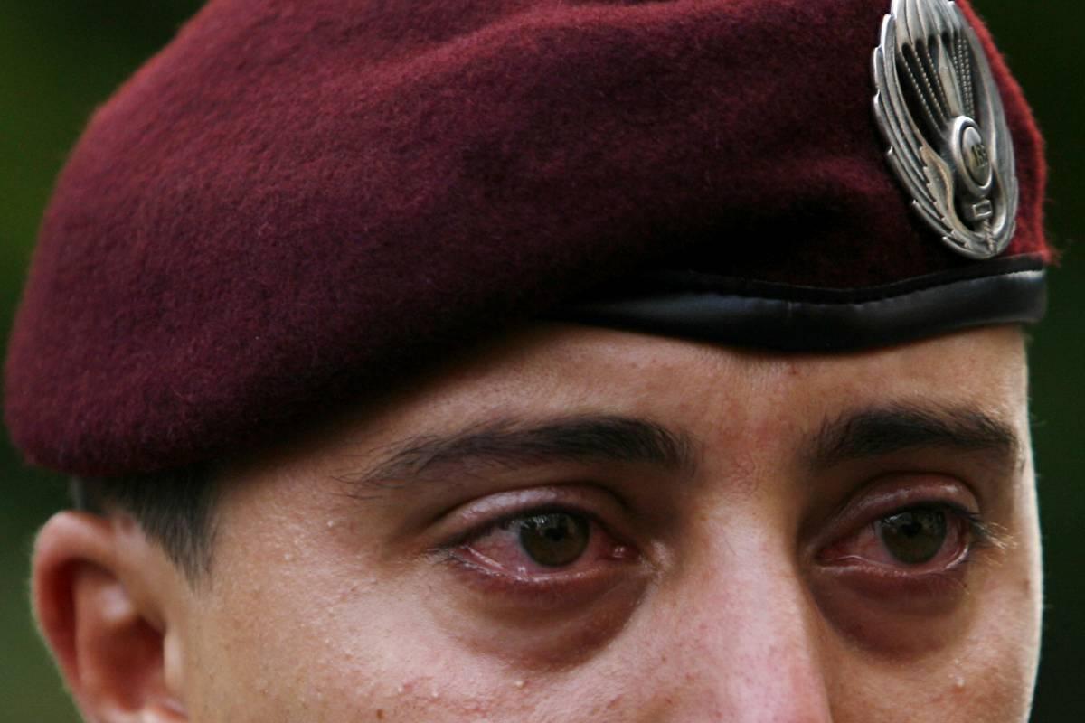 Migliaia per il saluto ai caduti di Kabul  Oggi funerali di Stato e lutto nazionale