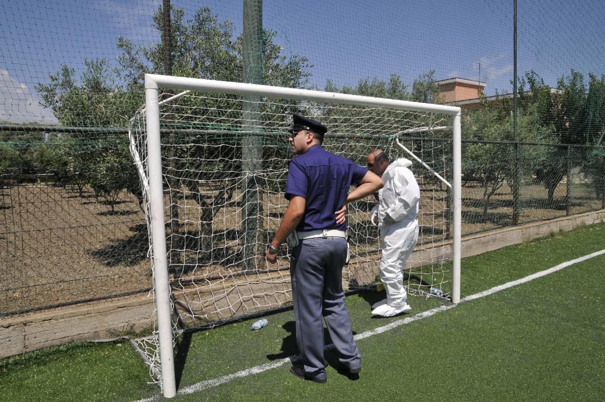 Ndrangheta, morto bimbo  ferito durante sparatoria:  giocava a calcio con papà