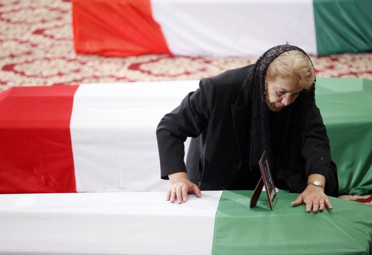 Gli anti italiani che offendono il lutto di un popolo