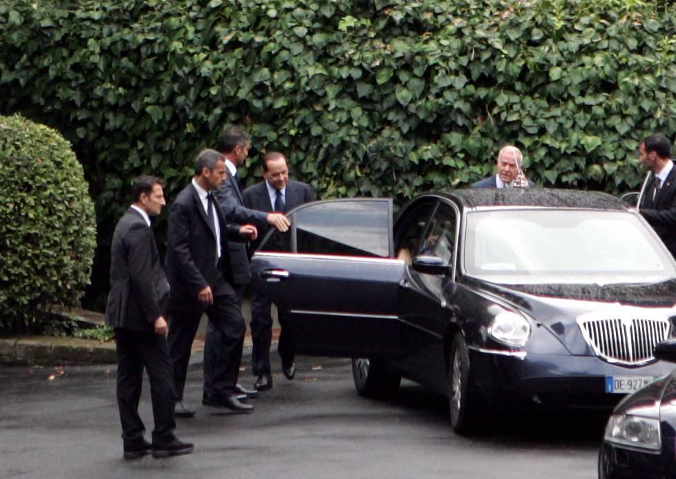 Berlusconi e Fini, prove tecniche di disgelo