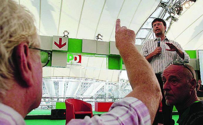 Congressi con polemiche nel Pd milanese Franceschini arranca e contesta i risultati