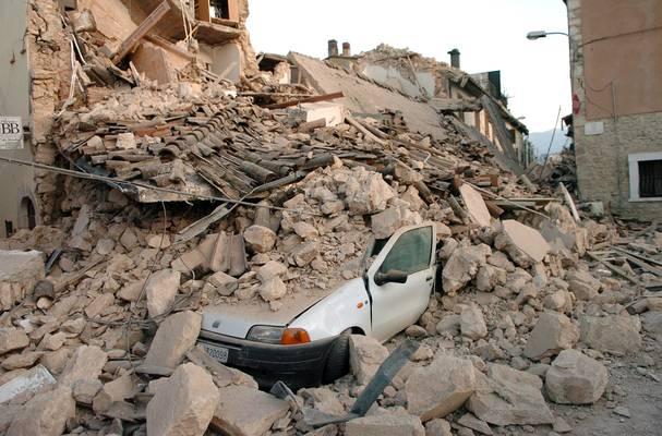 L'Aquila torna a tremare:  scossa di magnitudo 4.1  Paura tra la popolazione