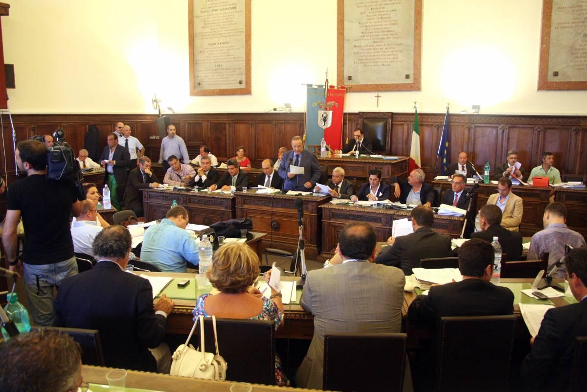 Taranto, niente donne in giunta: il Tar la annulla
