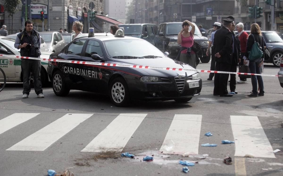 Massacrata in strada con la mannaia