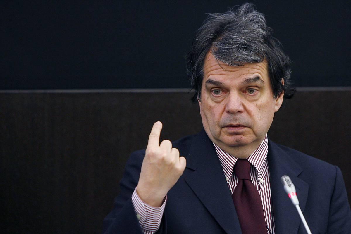 """Statali, la Cgil: """"Saltate  le norme antifannulloni""""  Ma Brunetta smentisce"""