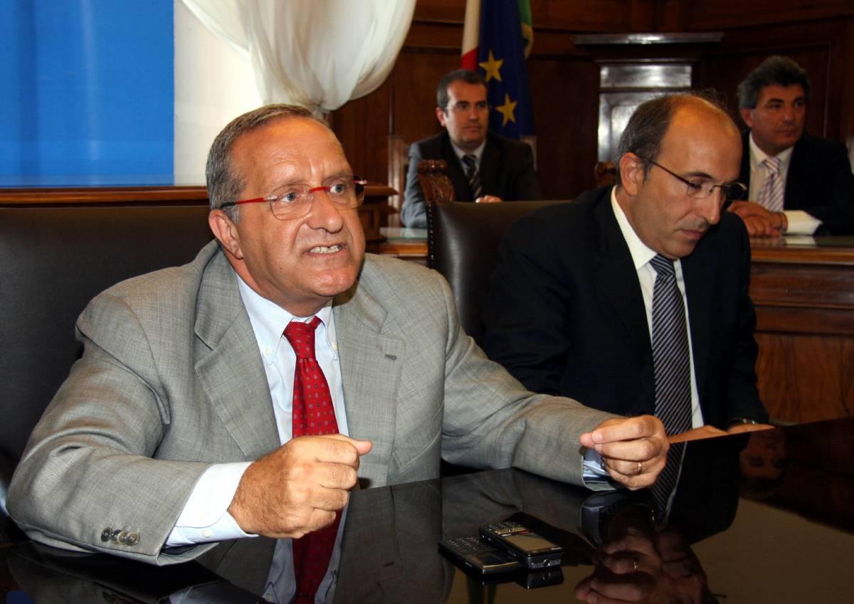 Taranto, respinte le dimissioni degli assessori