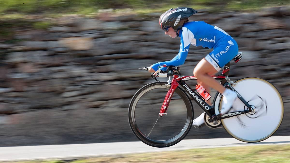 Ciclismo, trionfo italiano: la Guderzo è d'oro