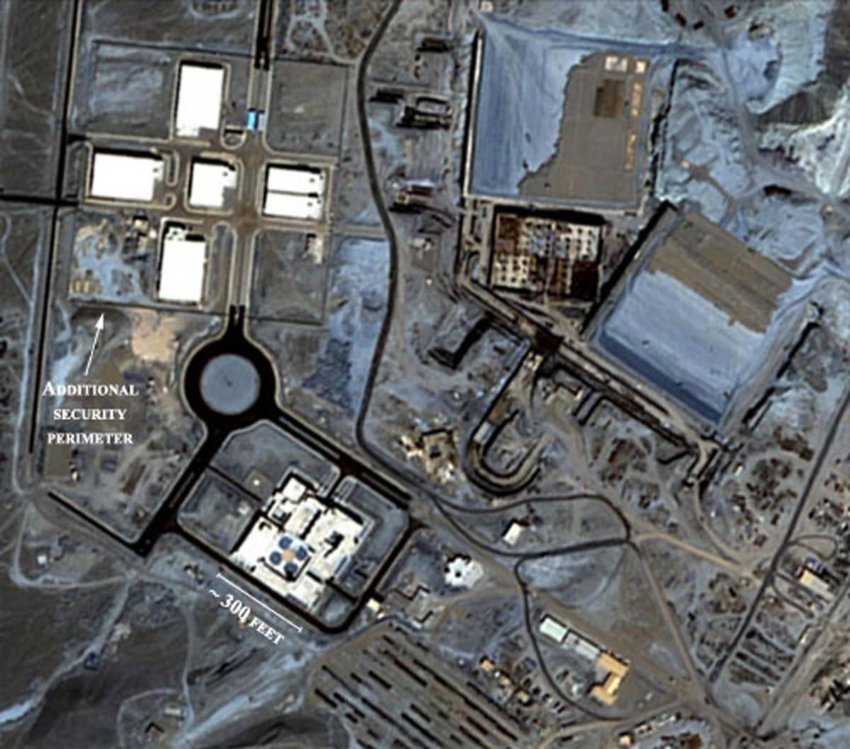 """Nucleare, l'Iran lancia  la sfida all'America:  """"Via a test missilistici"""""""