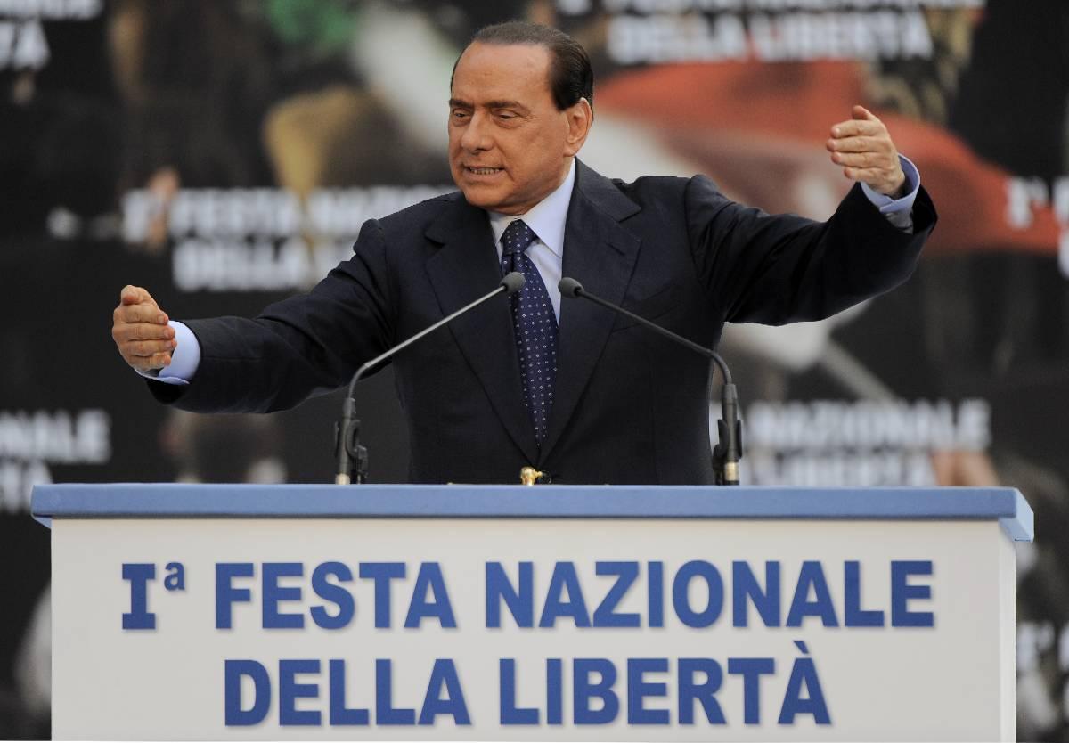 """Berlusconi: """"Se vado a parlare in una Tv  è considerato un atto delinquenziale"""""""