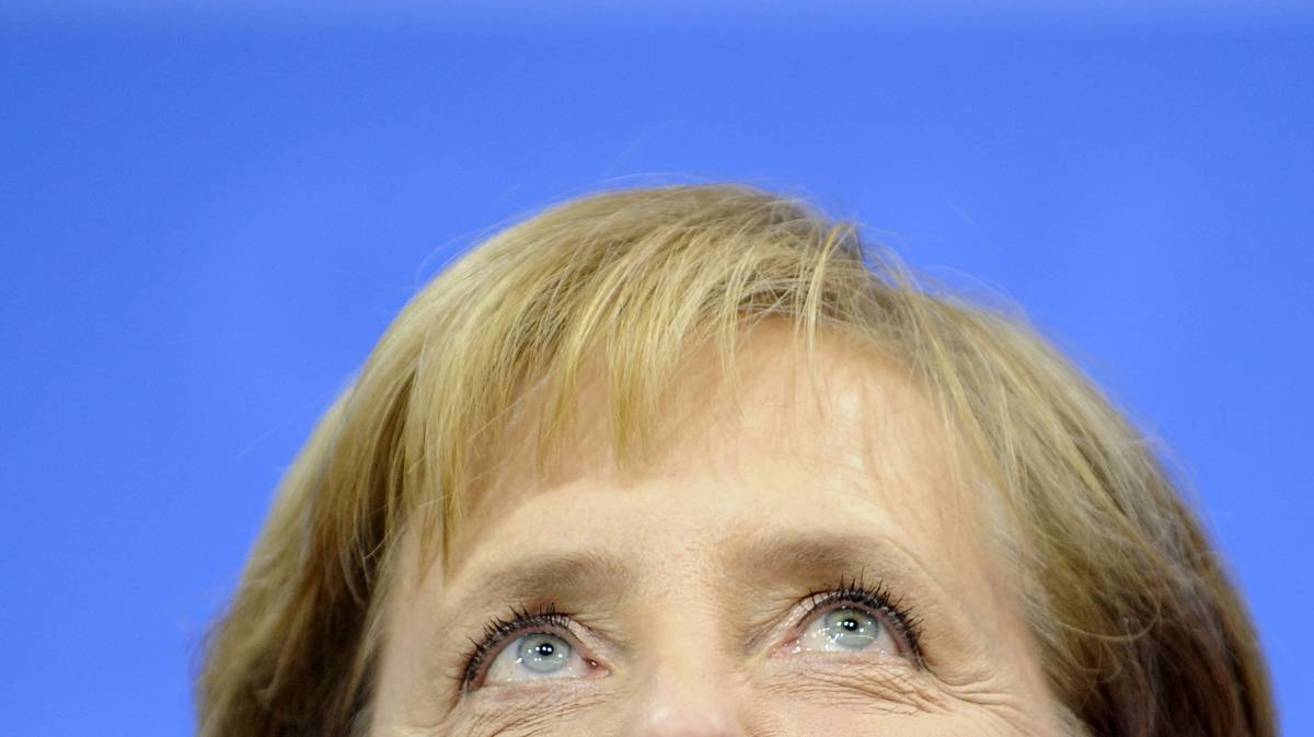 La Merkel vince e svolta a destra  Una disfatta storica per la Spd
