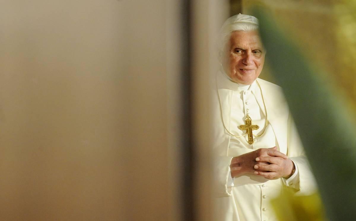 """Il Papa alle università: """"No lobby della ricerca"""""""
