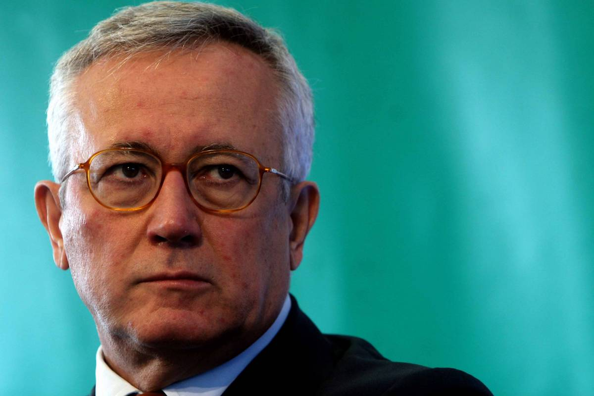"""Scudo fiscale, Tremonti:  """"No ai capitali criminali""""  Il governo pone la fiducia"""