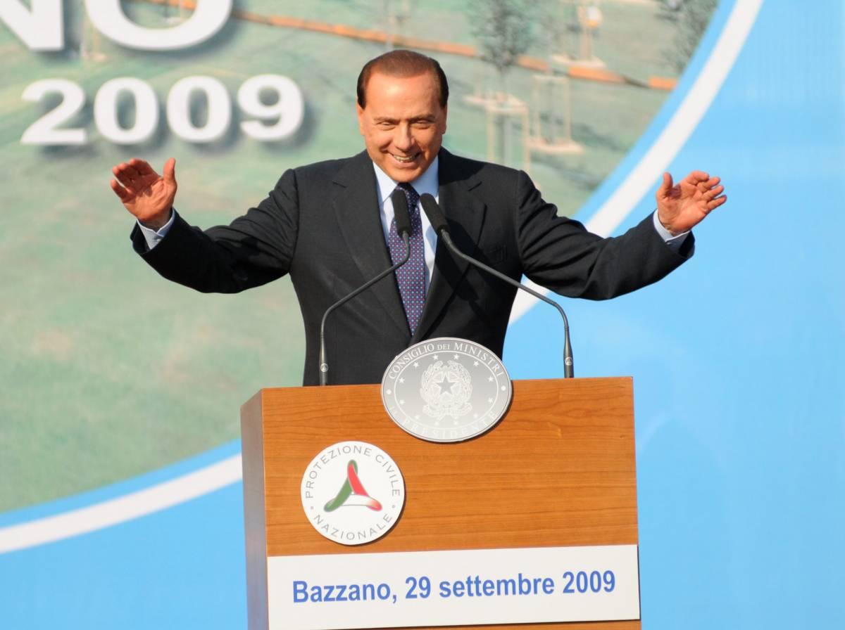 """Berlusconi: """"Mi attaccano, ma sono fortissimo"""""""