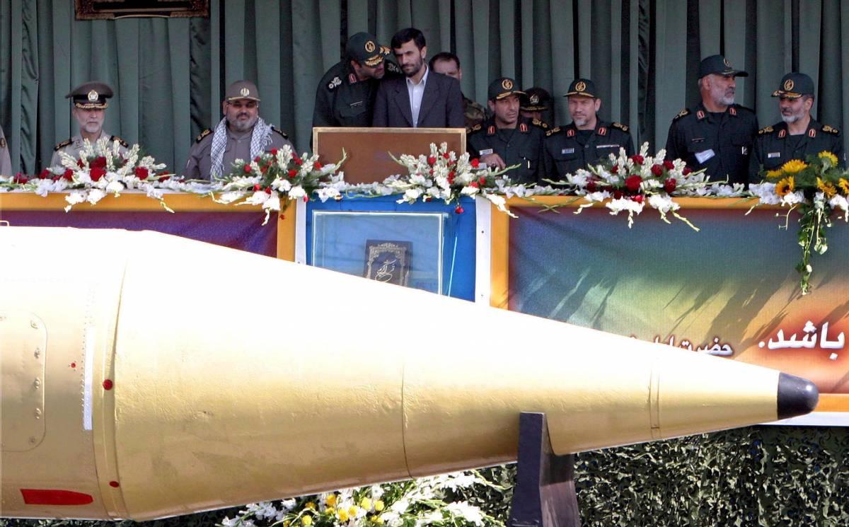 In un mazzo di carte i bombaroli di Teheran