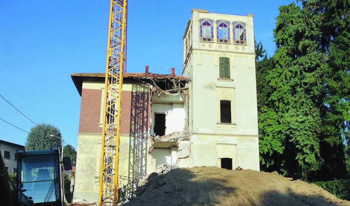 """Il caso """"villa Banchi""""  capolavoro a rischio"""