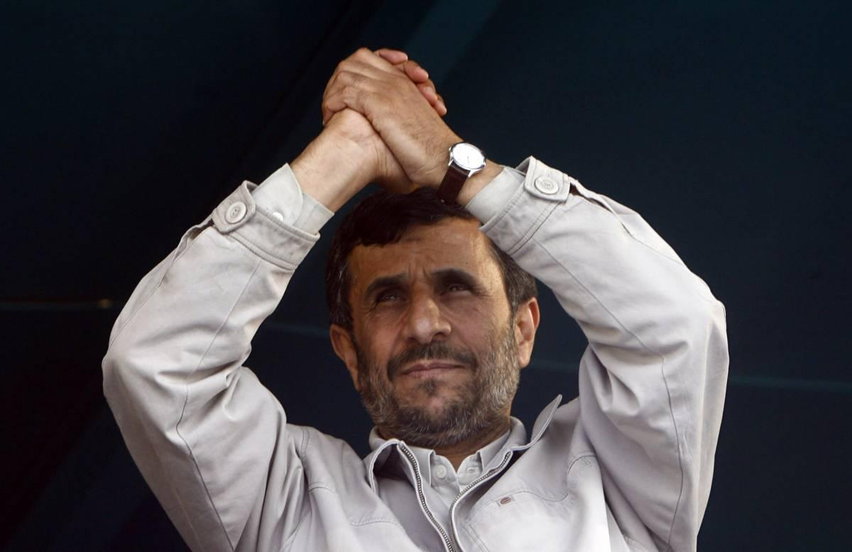 """Ahmadinejad: """"Sul nucleare  metteremo alla prova gli Usa"""""""