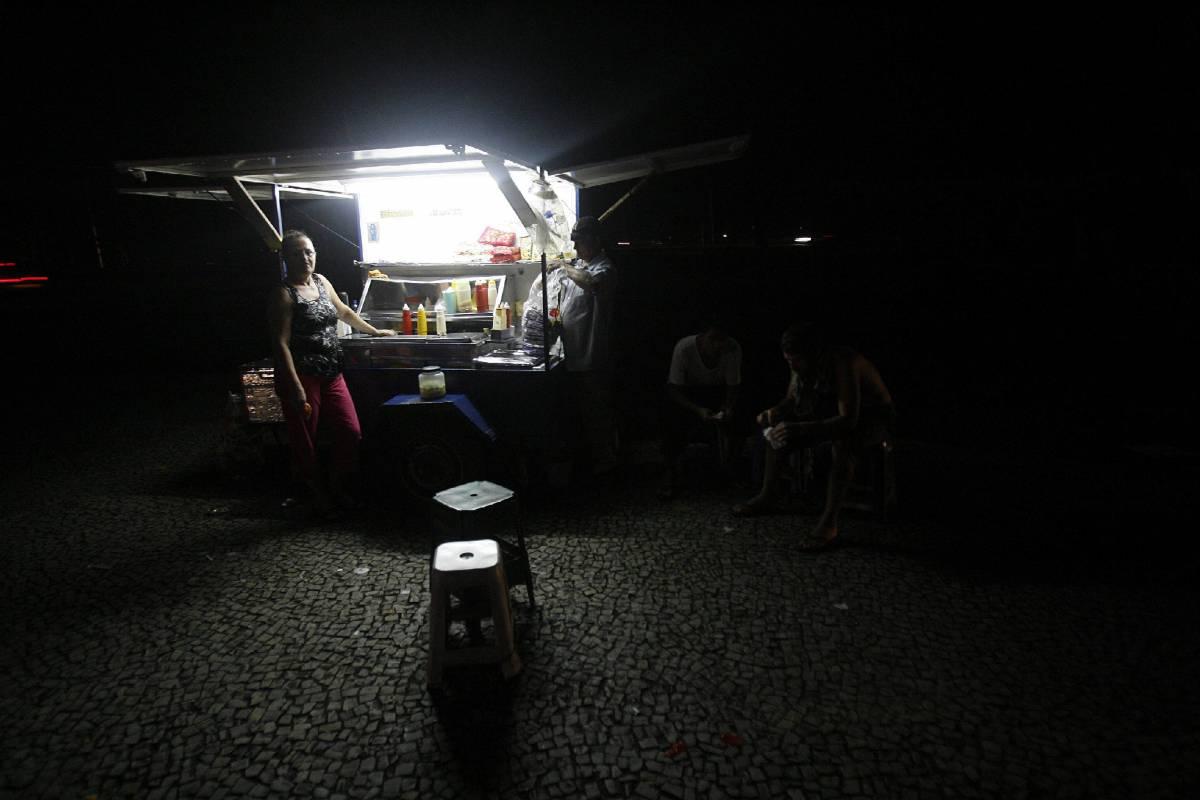 Black out, il Brasile rimane al buio