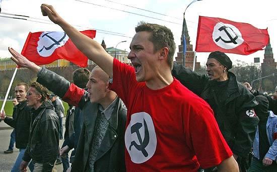 Comunismo e Nazismo:  in Polonia sono illegali