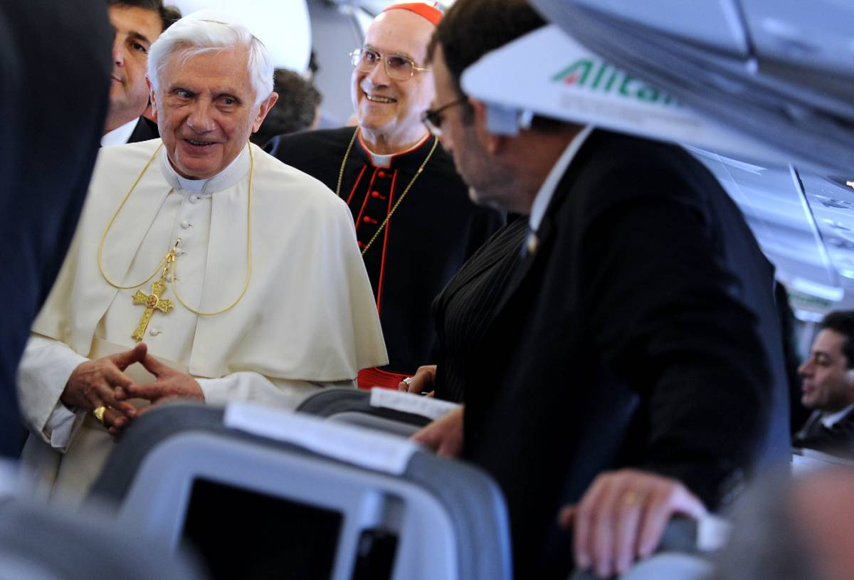 """Benedetto XVI a Cipro:  """"L'omicidio di Padovese  non oscuri il dialogo"""""""