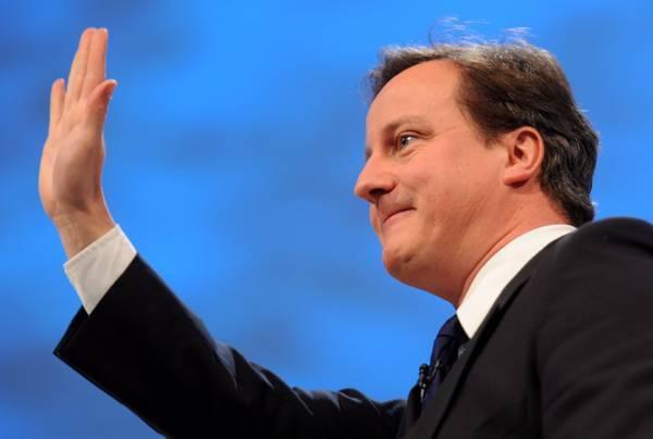 """Cameron: """"Debito enorme, ora tagli dolorosi"""""""