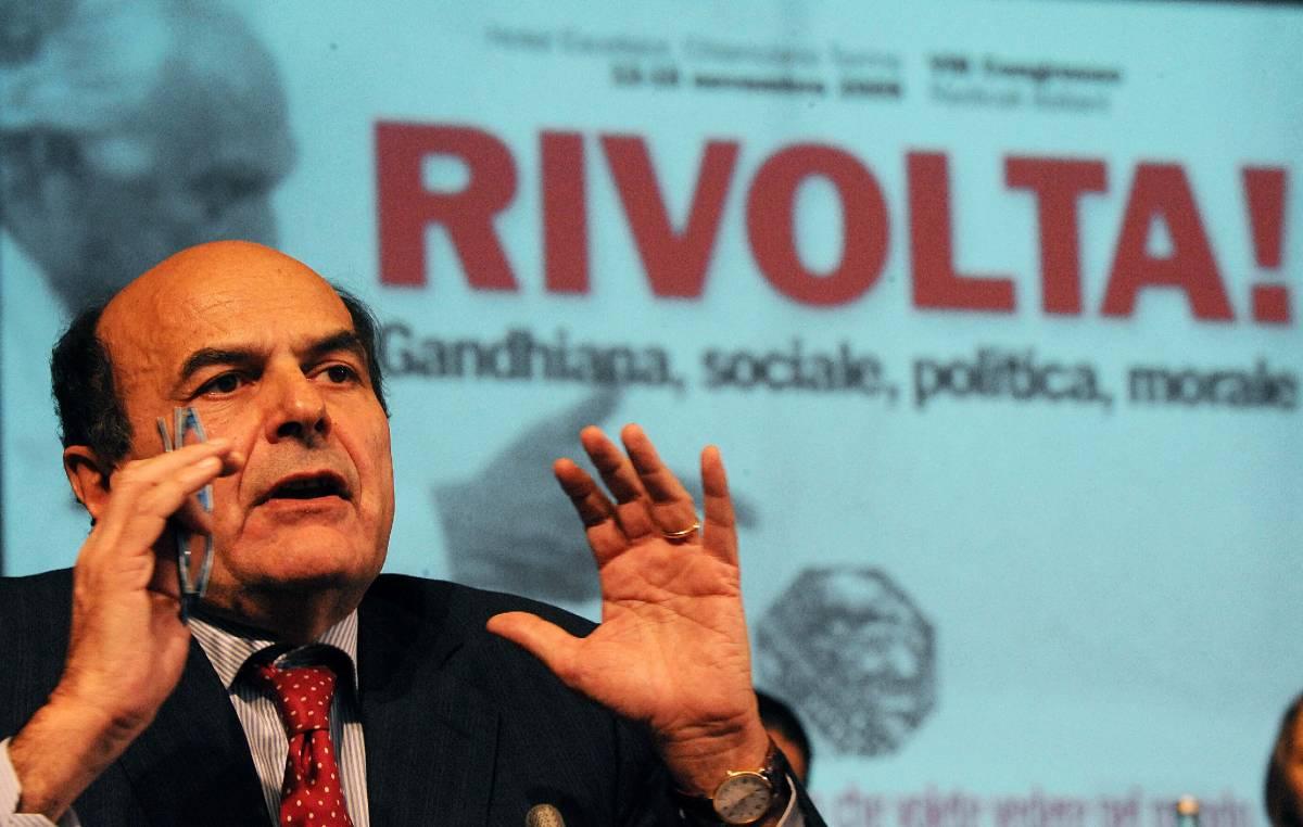 """Bersani: il 19 giugno in piazza contro la manovra  Epifani accusa: """"Cisl e Uil subalterne al governo"""""""