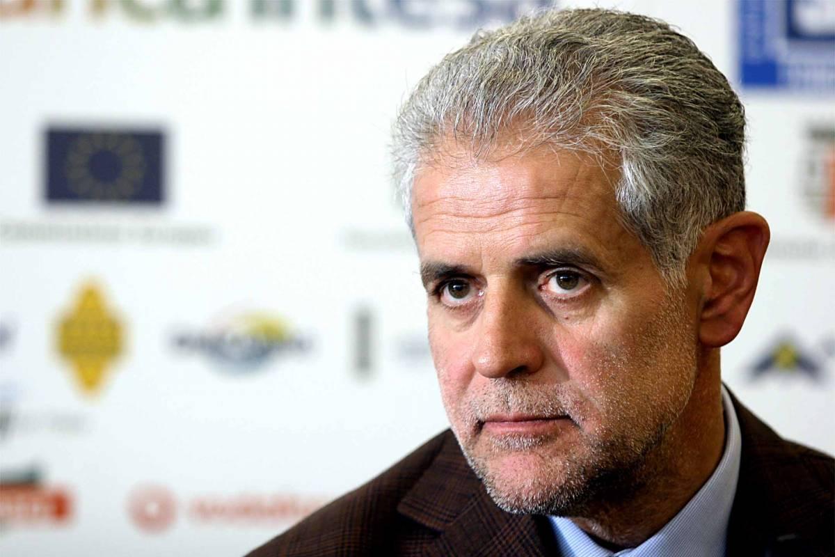 Politica e stipendi d'oro  Formigoni e i suoi 4:  consulenti da 1 milione