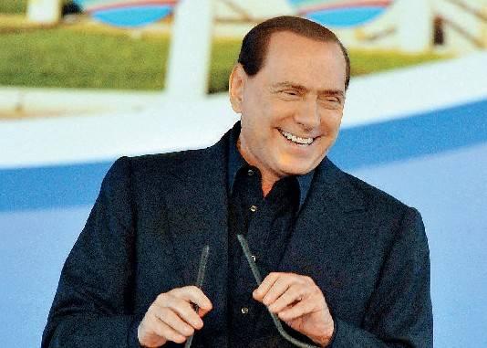 """Berlusconi lancia le feste del Pdl: """"Come la Lega"""""""