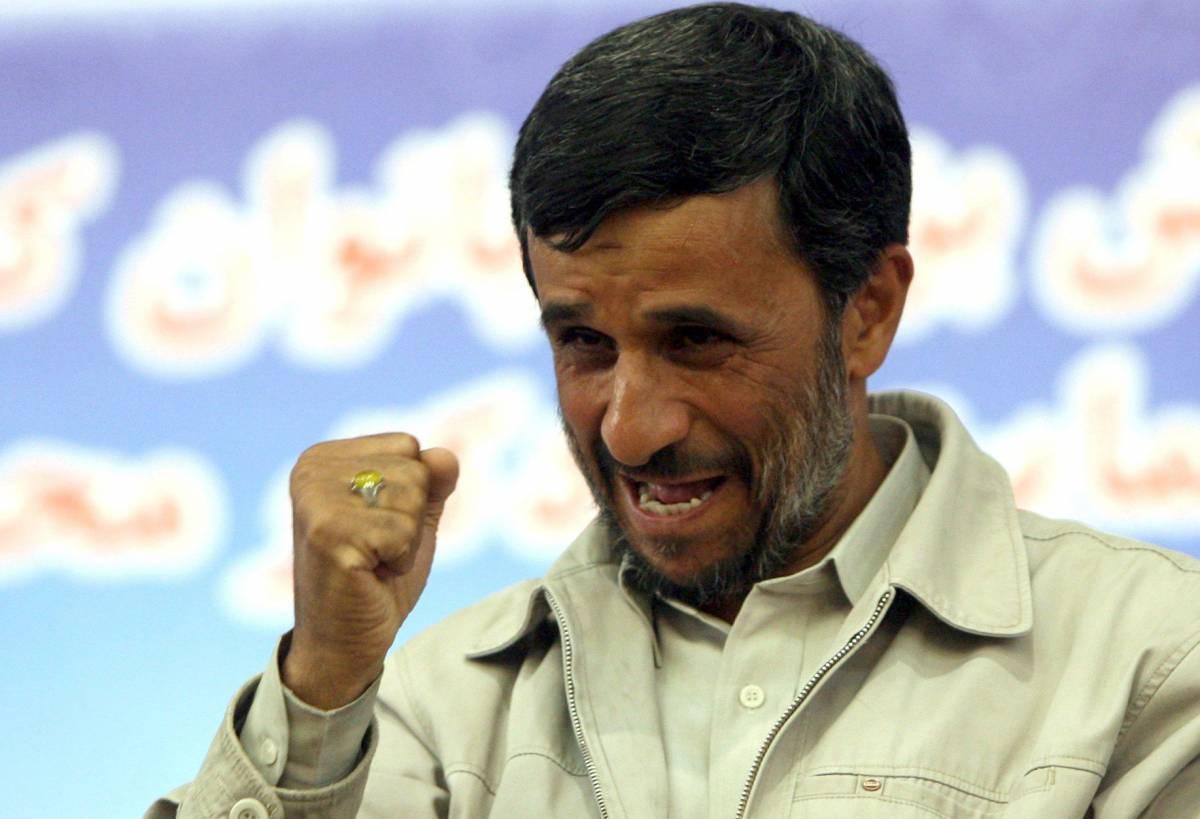 """Ancora scontri a Teheran:  """"Sono almeno due i feriti""""  Oggi anniversario elezioni"""
