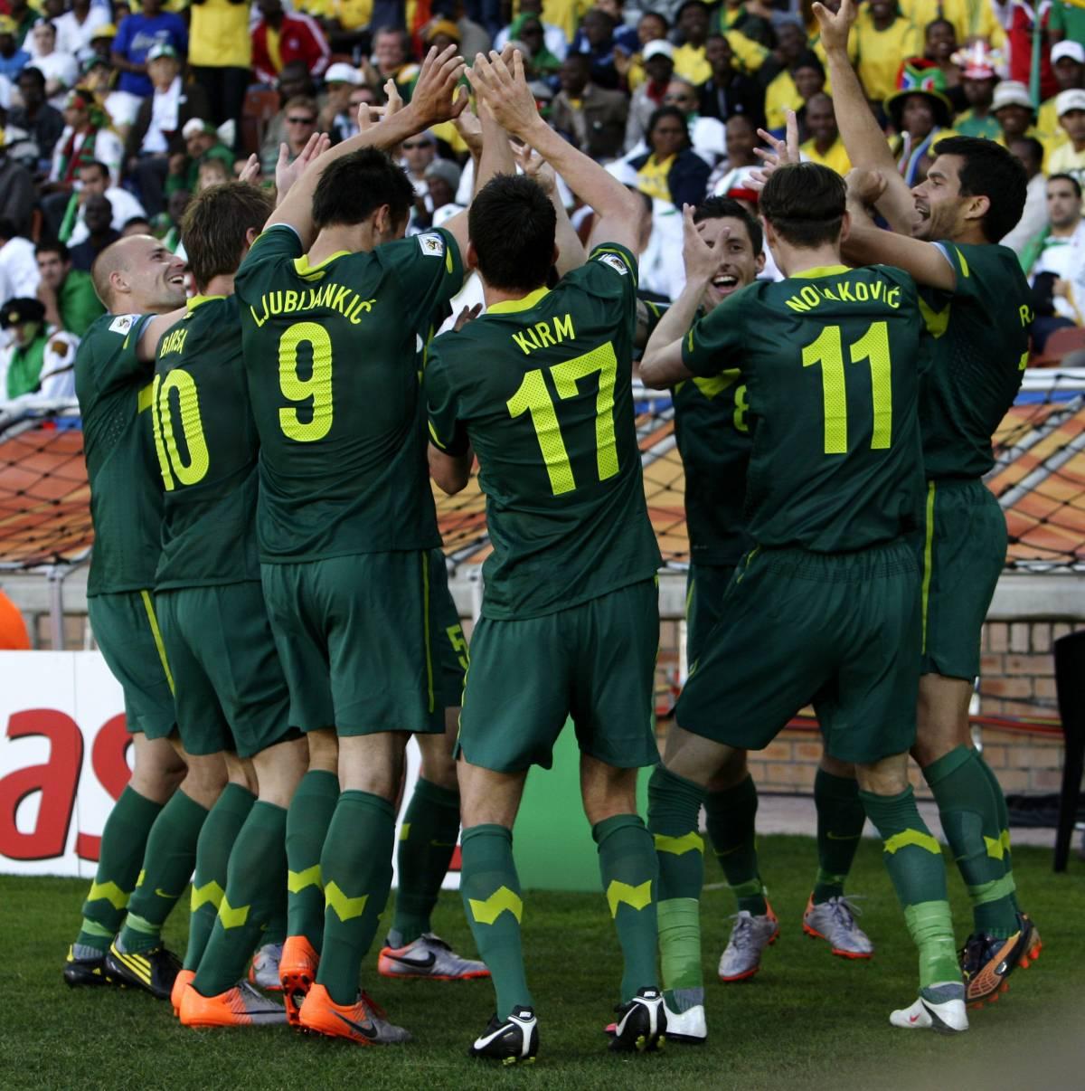 Una superpapera del portiere algerino  la Slovenia vince 1 a 0 e dice grazie