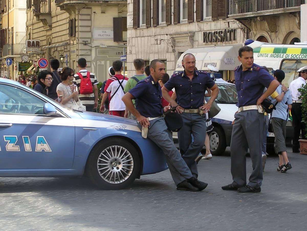 """Palermo, con l'autoblu a comprare la cocaina  Denunciato deputato dell'Udc. Cesa: """"Sospeso"""""""
