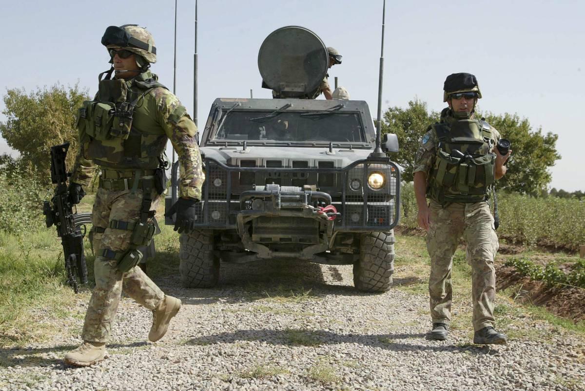 Afghanistan, ordigno  contro un blindato Lince:  illesi cinque alpini a bordo