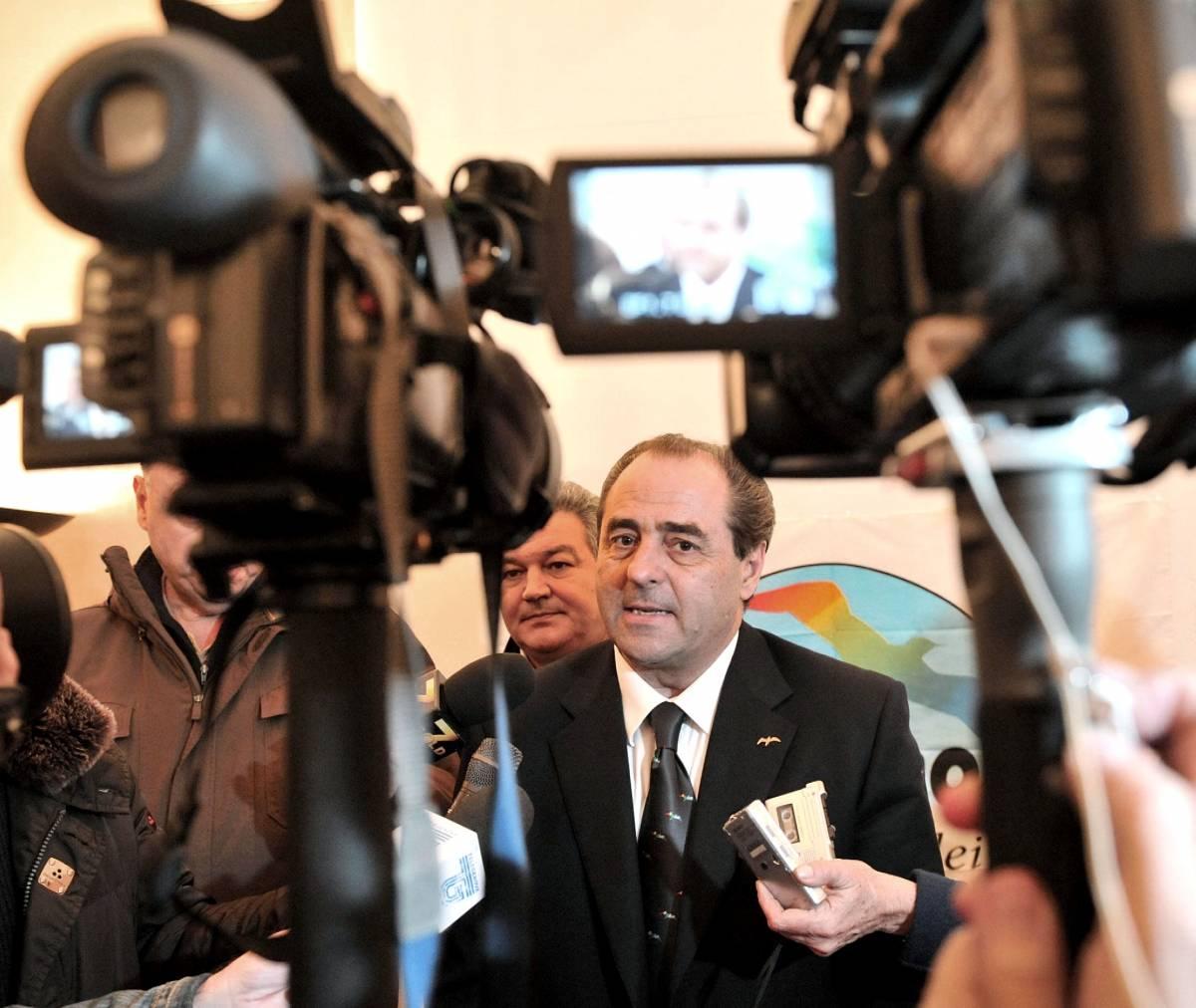 Di Pietro indagato: illeciti nei rimborsi elettorali