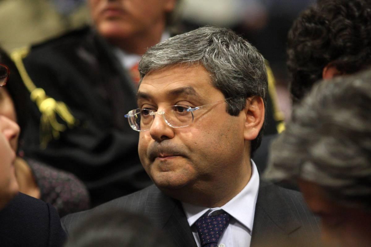 Mafia e politica, la richiesta dei pm di Palermo:  10 anni di condanna all'ex governatore Cuffaro