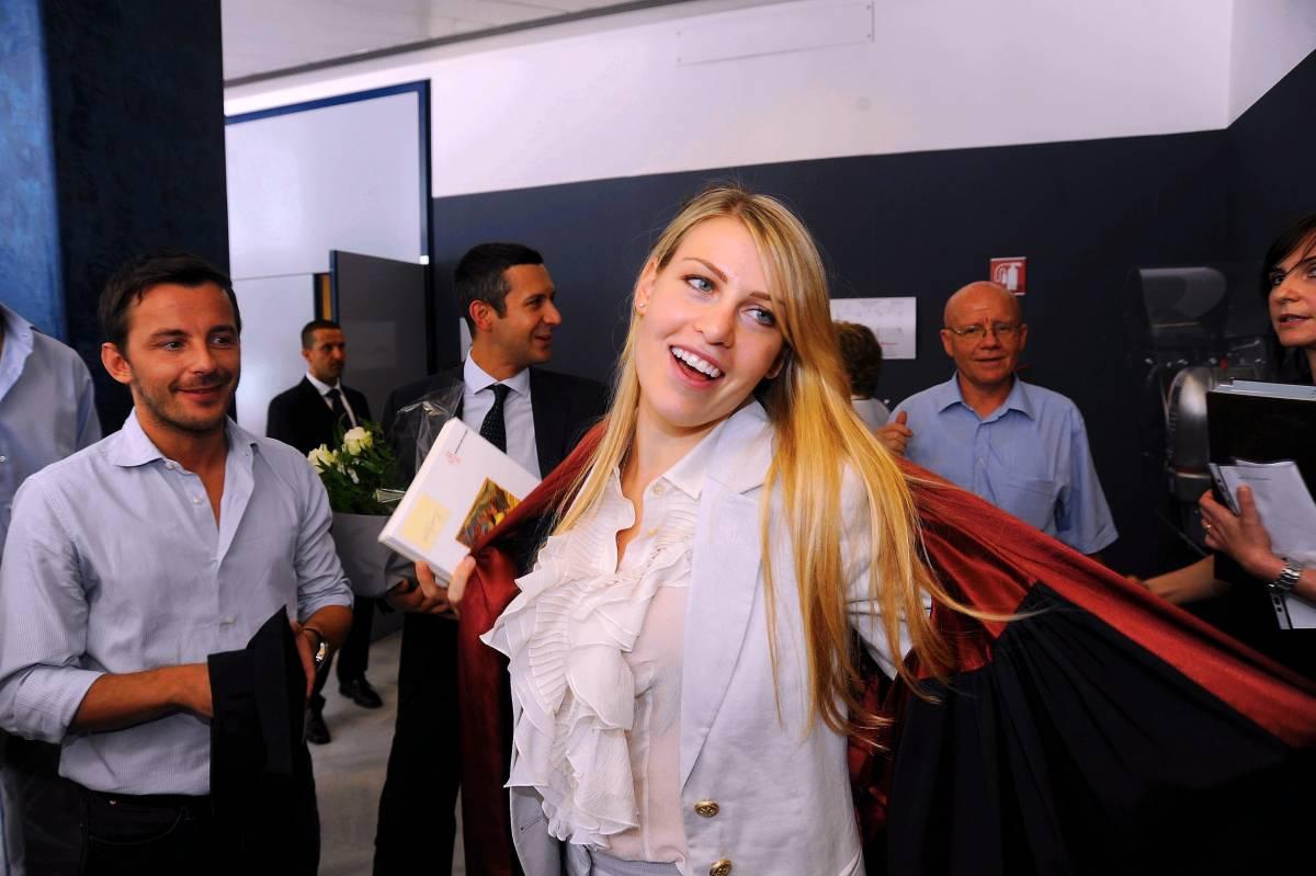 Barbara Berlusconi si laurea in filosofia: 110 e lode