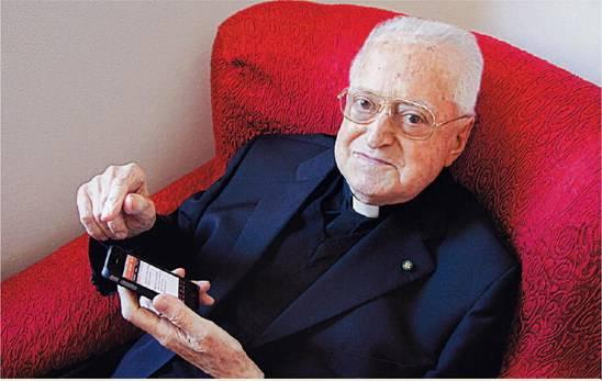 E il gesuita creò il link. È merito  suo se navigate in Internet