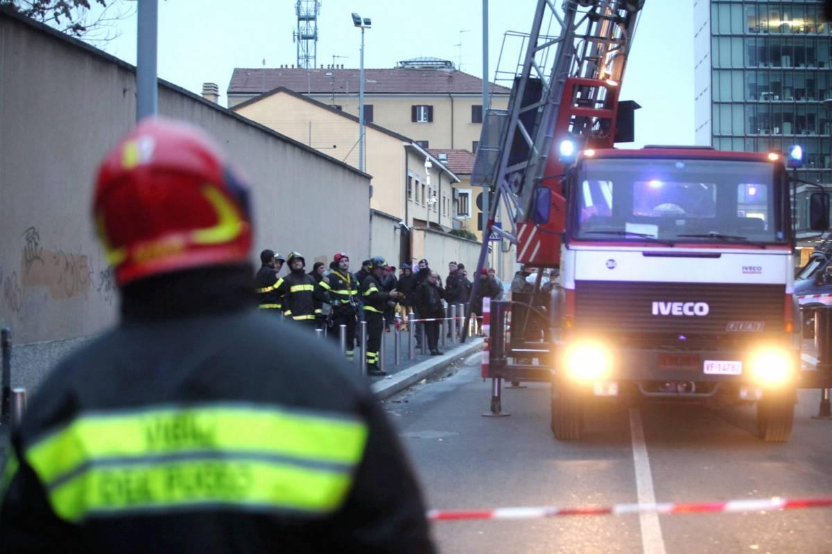 """Cura straniero sulla Torre  Il medico sarà denunciato  Questura: """"Accertamenti"""""""