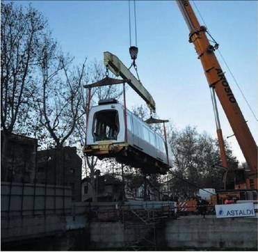 Pronta nel 2012 la nuova Metro 5: il primo treno entra in galleria