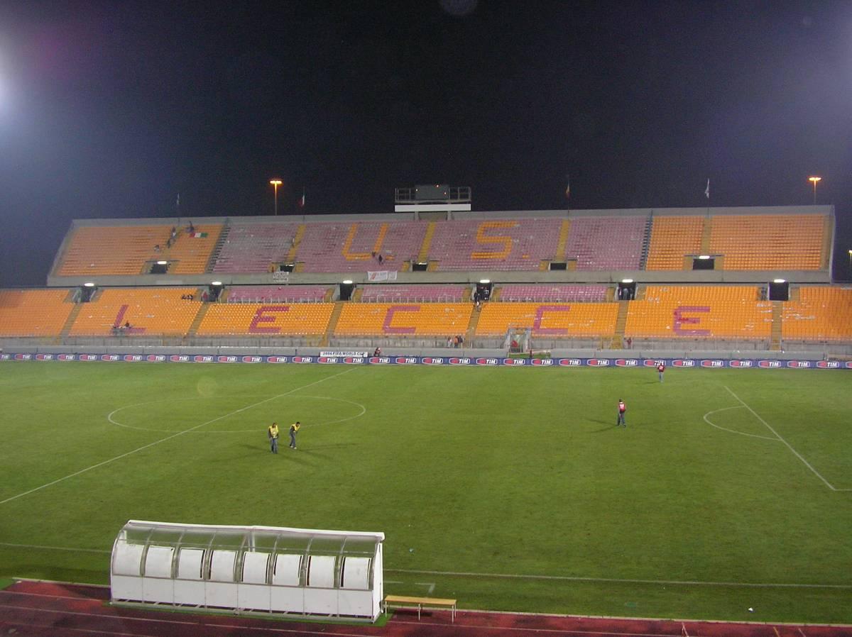 Il derby Lecce-Bari a porte chiuse