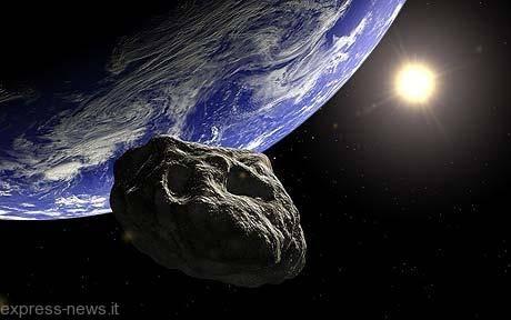"""Asteroide in rotta di collisione con la Terra: """"Grande come la statua della libertà"""""""